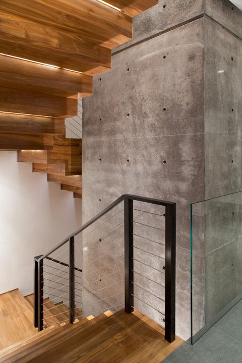 Reclaimed Teak Interior Stairs